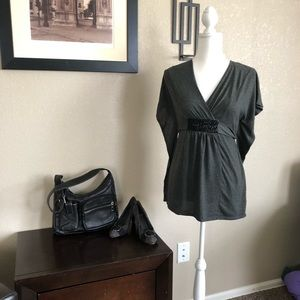 Motherhood short batwing belted bodice gray top S